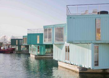 Containerboliger i smukke omgivelser i Københavns Havn.